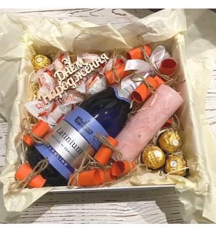 Подарок девушке романтичный с вином № 327