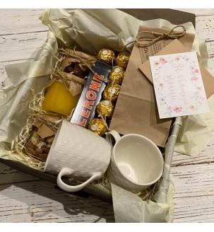 Чайный подарочный набор с чашечками