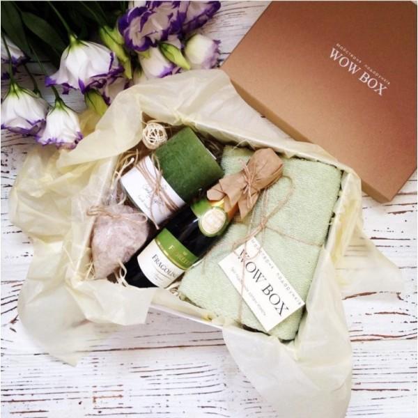СПА набор с шампанским, солью, свечой и полотенцем