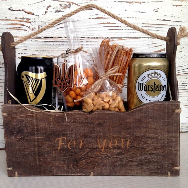 Пивний набір в декоративній коробці