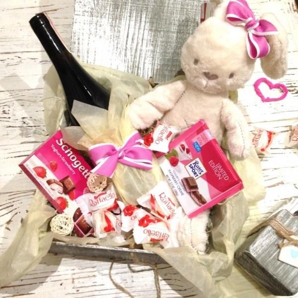 Подарок девушке сюрприз в розовых тонах N 2