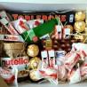 Солодощі в подарунковій коробці WOW BOX