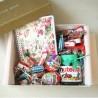 Подарок девочке с блокнотом и сладостями