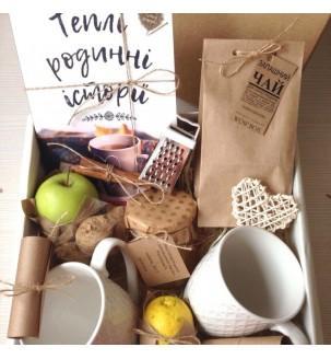 Книга и чай по авторскому рецепту, 2 чашечки